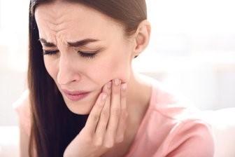 شل شدن و افتادن ایمپلنت دندانی